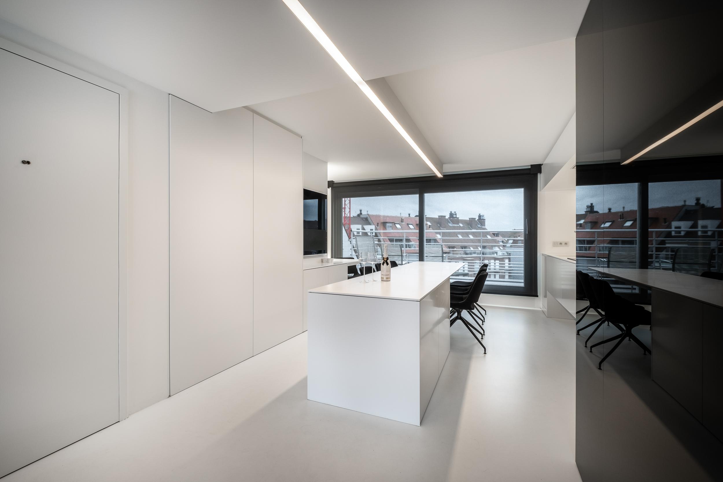Afbeelding project Interieur op maat penthouse aan zee